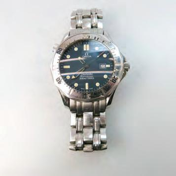 386 OMEGA SEAMASTER PROFESSIONAL WRISTWATCH quartz movement in a stainless steel case, with the original box and