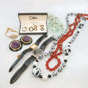 Rotary and Esq wristwatches; an amber necklace; a JayFlex silver necklace; a Coro Duette pin; etc $140 180 18