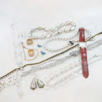etc $100 200 22 SMALL QUANTITY OF COSTUME JEWELLERY including pieces by Swarovski, Max Mara
