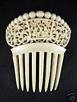 Picture 7: Carved ivory Oriental comb with sages Picture 7 is a fine and typical example of a carved ivory comb made in China for the export market. The ornament is carved entirely in one piece.