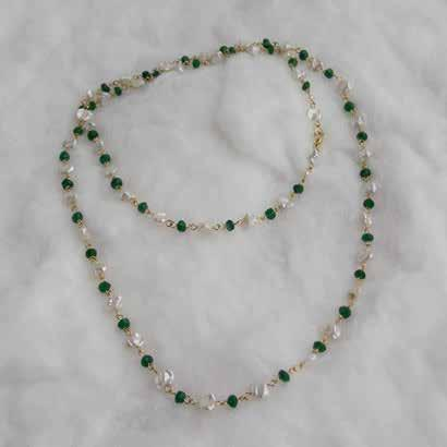 ~ SOLD ~ 0498 necklaces & pendants Emerald &