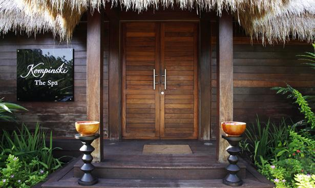 For your convenience, the spa will provide towels, slippers, shower caps and all amenities