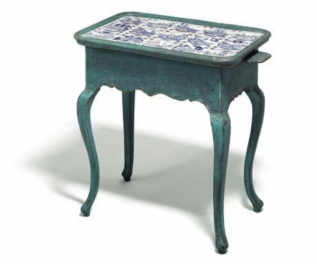 439 439 small blue painted tile top table with dutch blue decorated tiles, both sides with candle slides,