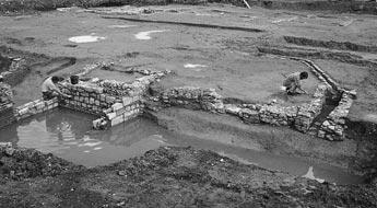 From the Norman conquest to the Reformation The archaeological and historical evidence Certain constructional features were probably developed in London before anywhere else in Britain: jetties