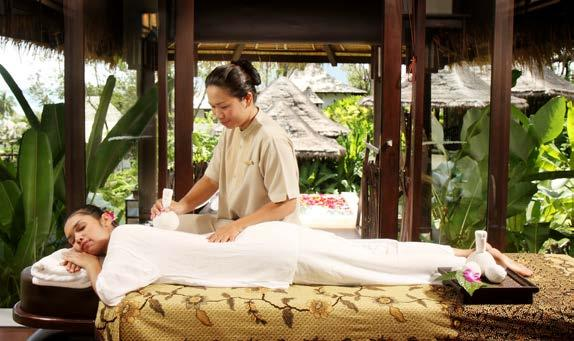 Herbs Compress Massage 90 mins / THB 3,000 To massage with a hot compress containing medicinal herbs.