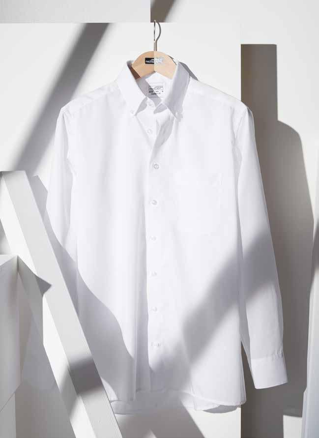 High-quality poplin with non-iron finish Breast pocket, 2