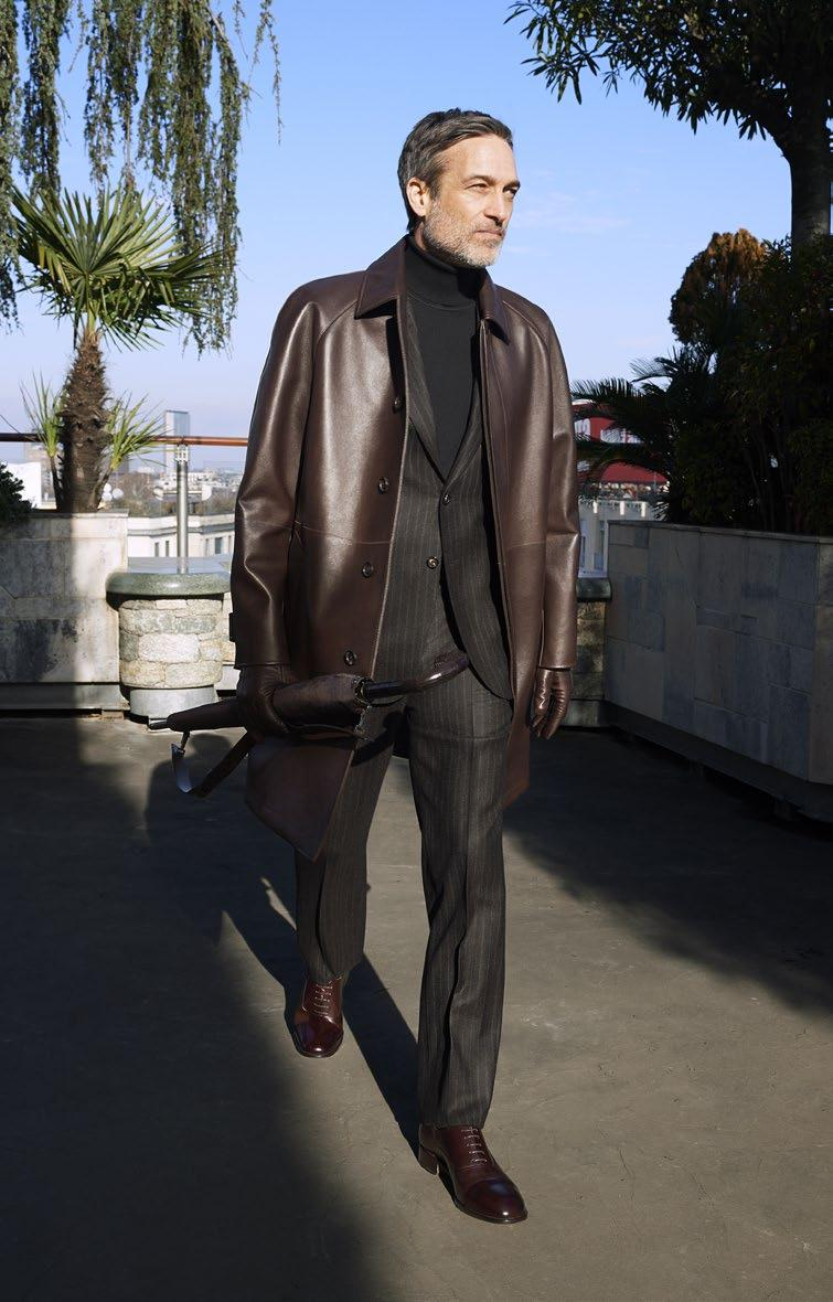 LOOK 17 THE LEATHER CAR COAT LEATHERWEAR POE2 O7713 2121 SUIT RA5K O7348 0000