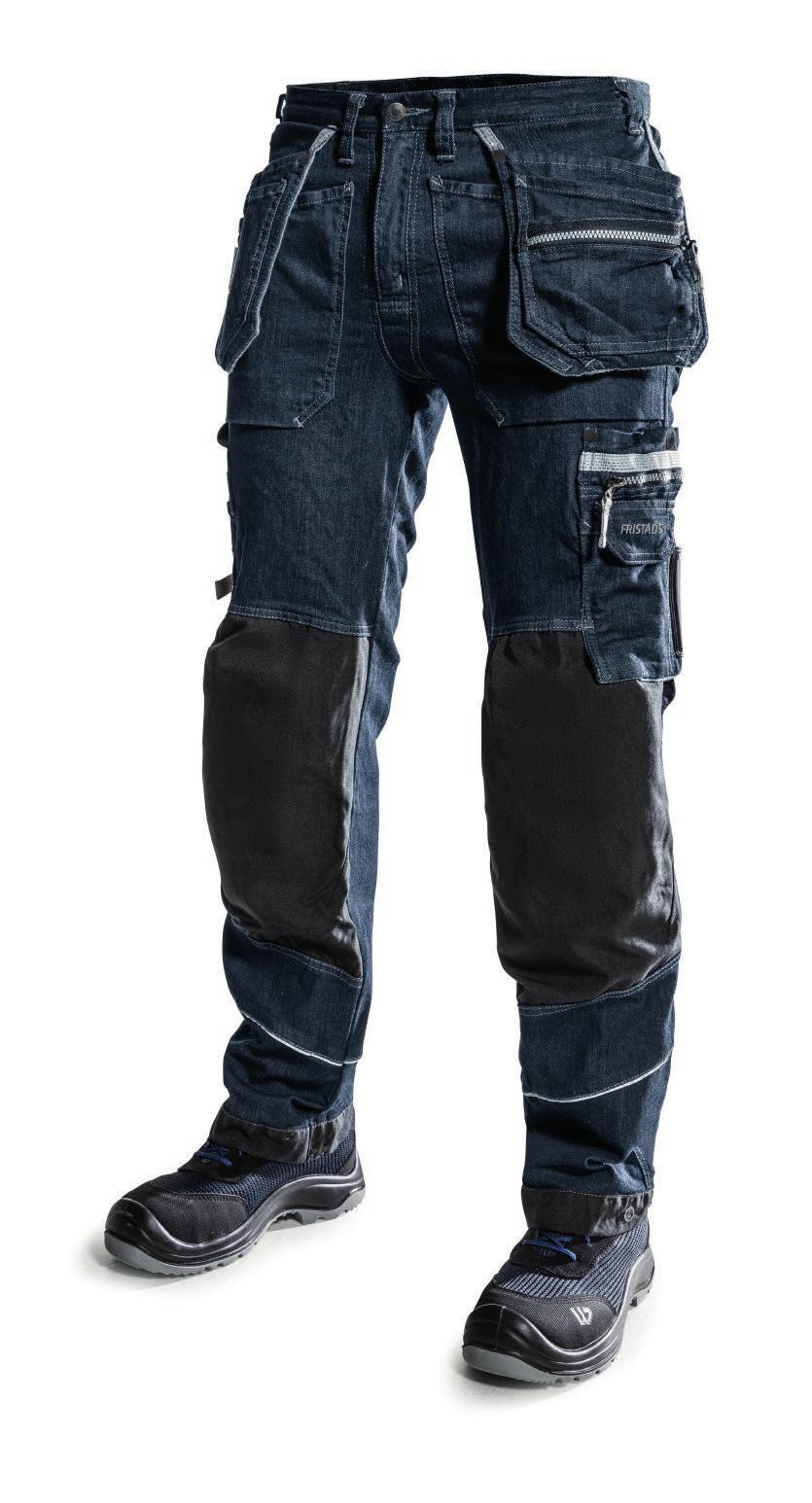 FULL STRETCH DENIM TROUSERS WITH HIGH DURABILITY 2 CORDURA reinforced back pockets, one with flap and velcro fastening Pockets reinforced with metal rivets at stress points Hammer loop Loose-hanging