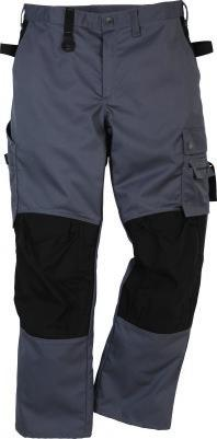 539 BIB N BRACE 41 PS25 Article no 100548 Mechanical stretch quality / Two-way zip / Chest pockets can be buttoned or loose-hanging / 2 CORDURA reinforced, tuckable, loose-hanging outside pockets, 1