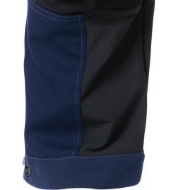 BUILDING & CONSTRUCTION A large multifunctional leg pocket is placed over the side seam and has a loose lower part so it does not affect mobility.