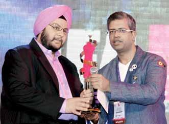 Admired Largeformat Retailer of the Year shoppers stop Received by: Gurpreet Oberoi of G&B