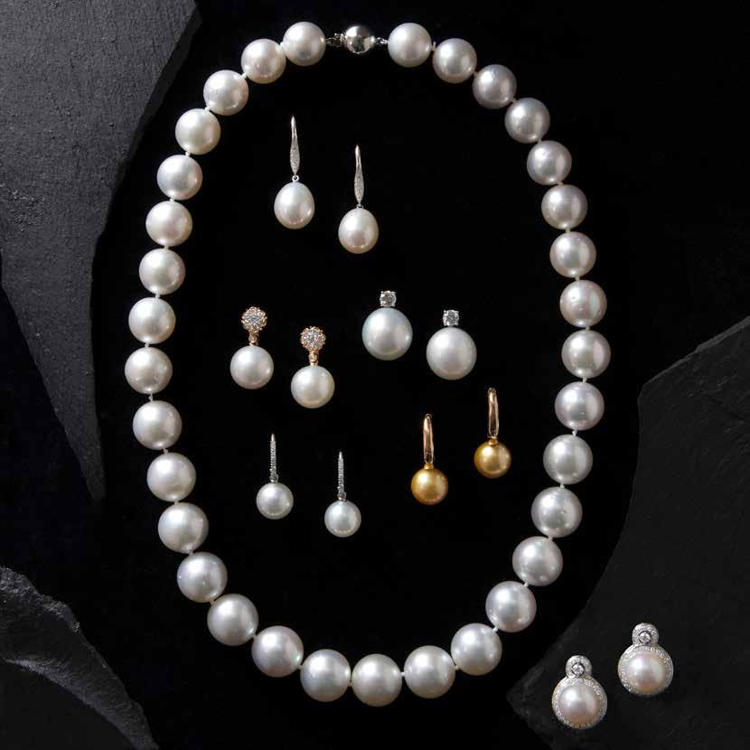 South Sea pearl necklace Diamond & freshwater pearl drop Detachable South Sea pearl & diamond drop