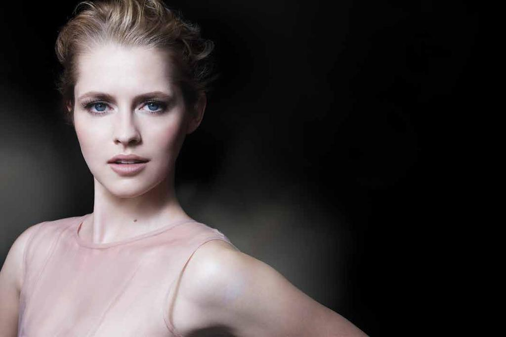 TERESA PALMER: THE GLOBAL FACE OF ARTISTRY Australian actress Teresa Palmer has lit up the red carpet where her classic look is matched only by her prolific presence in some of the world s top