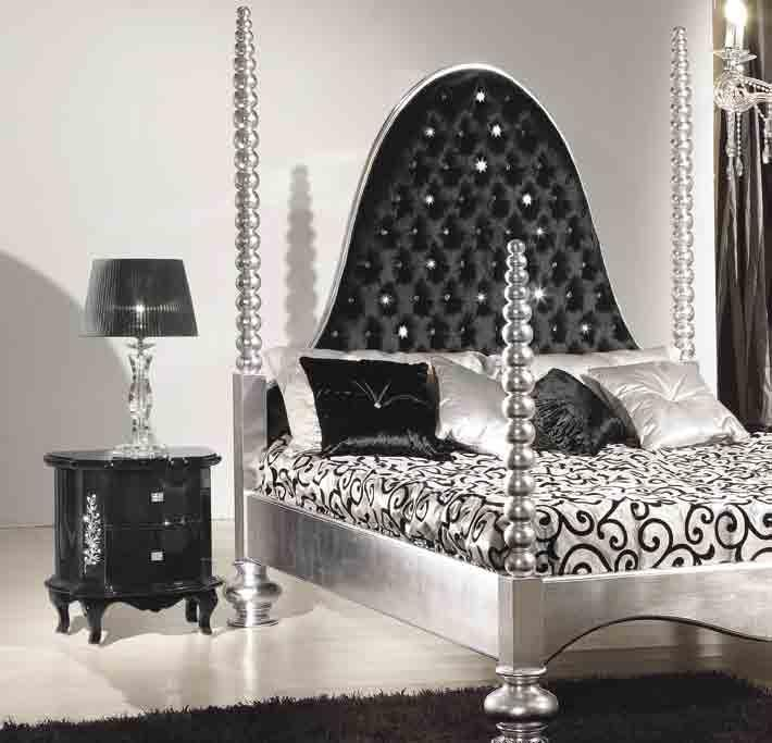 126 letto/bed OPULENT comò/chest of drawers REEF comodino/bedside cabinet REEF
