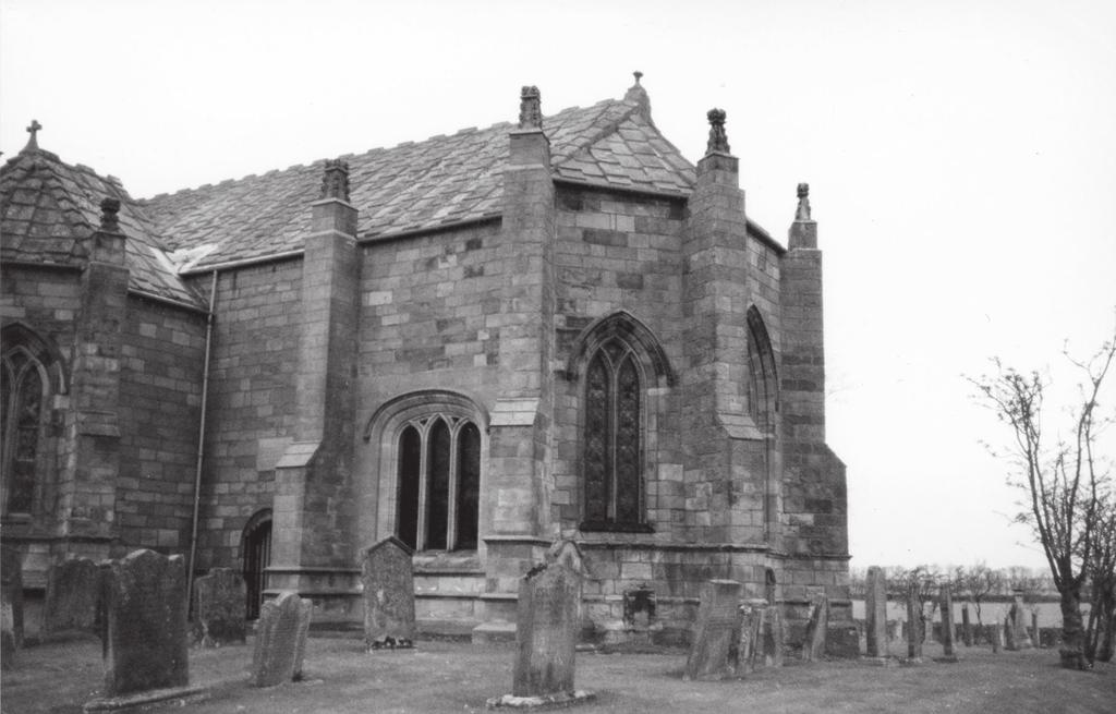 FIGURE 5 Polygonal choir of Ladykirk, an early sixteenth-century church 12 km northeast of Coldstream. A sixth- and seventh-century cemetery was also identified at Whithorn Abbey.