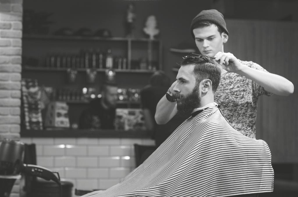 Apprenticeship: Barbering Advanced Level 3 Qualification: Level 3 Advanced Diploma in Barbering The Barbering Advanced Level 3 Apprenticeship is suitable for barbering professionals wishing to
