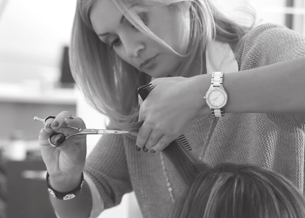 Apprenticeship: Hairdressing Advanced Level 3 Qualification: Level 3 Advanced Diploma in Hairdressing The Hairdressing Advanced Level 3 Apprenticeship is designed for hairdressing professionals