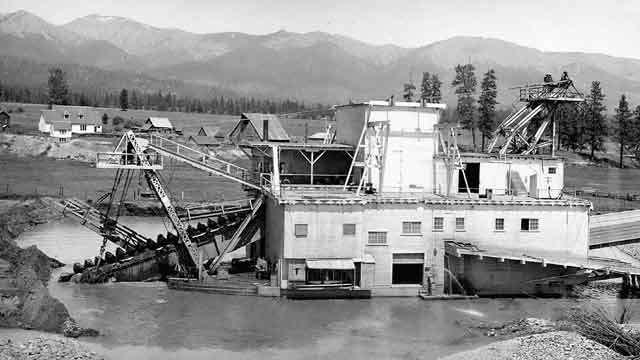 Figure 3 after 1900 mining companies used large dredges to harvest gold from alluvial flats along