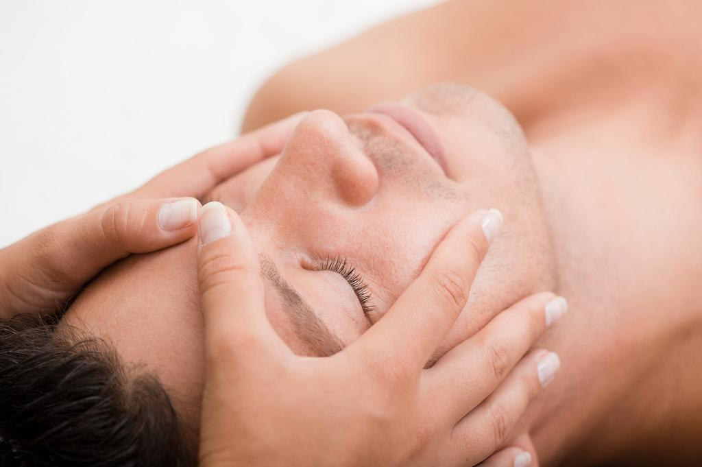 SIGNATURES ESPA has created two powerful signature treatments to completely restore the body s vitality and vibrance.