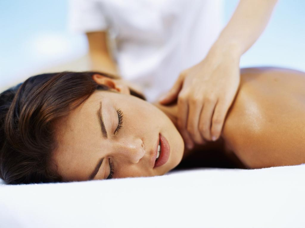 AROMATHERAPY MASSAGE 50 minutes $115 80 minutes $145 ESPA Aromatherapy Massage is essential, professional and specific, using a blend of individually chosen oils.