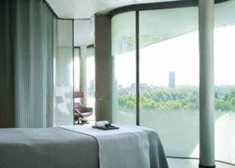 I was taken through to one of the nine therapy The back, neck and shoulder massage thereafter rooms with white walls and an incredibly soft 152 was a calming end to the entire treatment, though