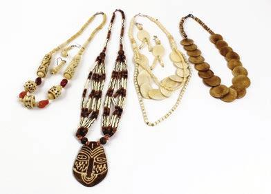 95 Set Of 4 African Culture Necklace