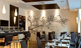 for both culinary and artistic delights. real meeting place, l Fresco s tantalizing cuisine focuses on natural, fresh, organic flavours. pen 12.30am-2.30pm/7.30pm-11.30.. www.alfrescomilano.it.