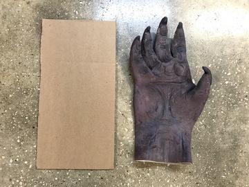 Prepare the Hand It is recommended, though not required, that you stiffen your glove with some cardboard.