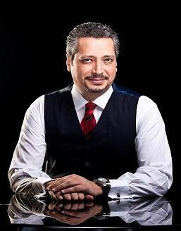 Tamer Amin Tamer Amin, born in 1971, and has a degree in English and Spanish Literature, is an Egyptian television anchor.