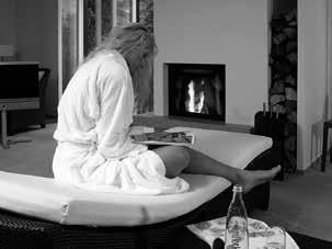 SPA PACKAGES RELAXING DAYS SPA PACKAGES WITH AN OVERNIGHT STAY HONEYMOON 4 hours stay in our SPA suite: All spa packages include an overnight stay with breakfast, an aperitif, a 3-course menu, and