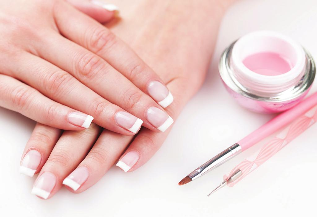 1 R 8 000 R 8 000 4-IN-1 NAIL COURSE Increase your existing skills by learning the application of gel and gel polish as well as the techniques of acrylic and acrylic dip.