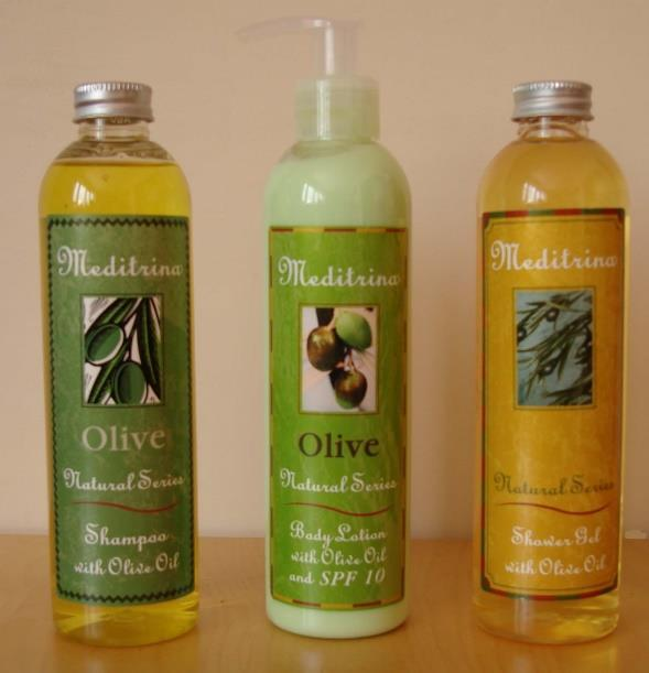 GENERAL VIEW TO OLIVE OIL Olive oil is a natural, deeply penetrating moisturizer that contains a wide variety of antioxidants not found in other oils such as oleic acid,