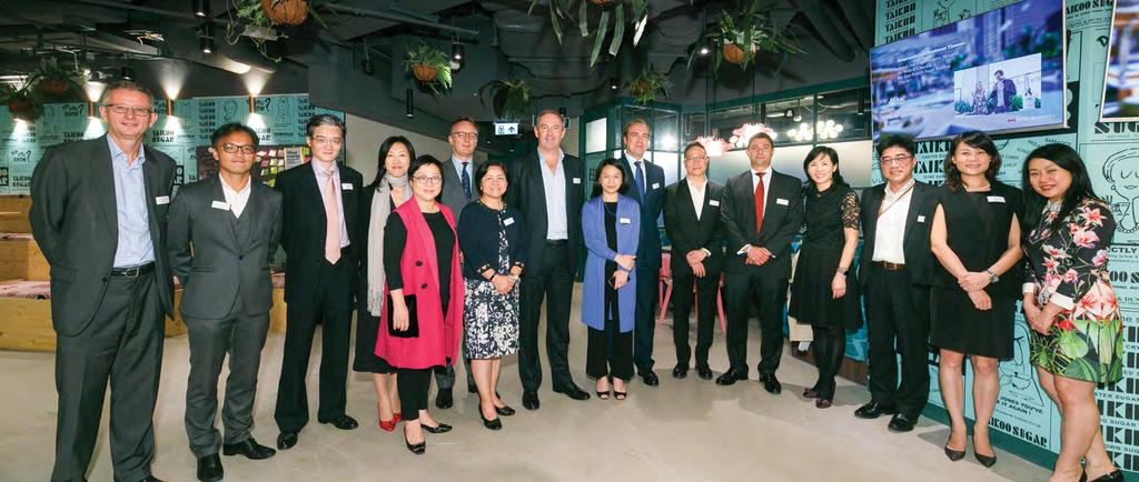 CORPORATE NEWS 公司動向 Annual Media Gathering 太古地產年度傳媒酒會 On 13 November, we hosted our annual media gathering at blueprint in Dorset House, where our senior management team had the opportunity to meet