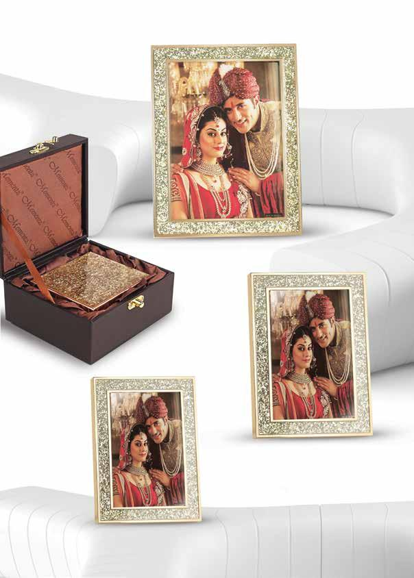 Captivating in gold Frame the most joyous and