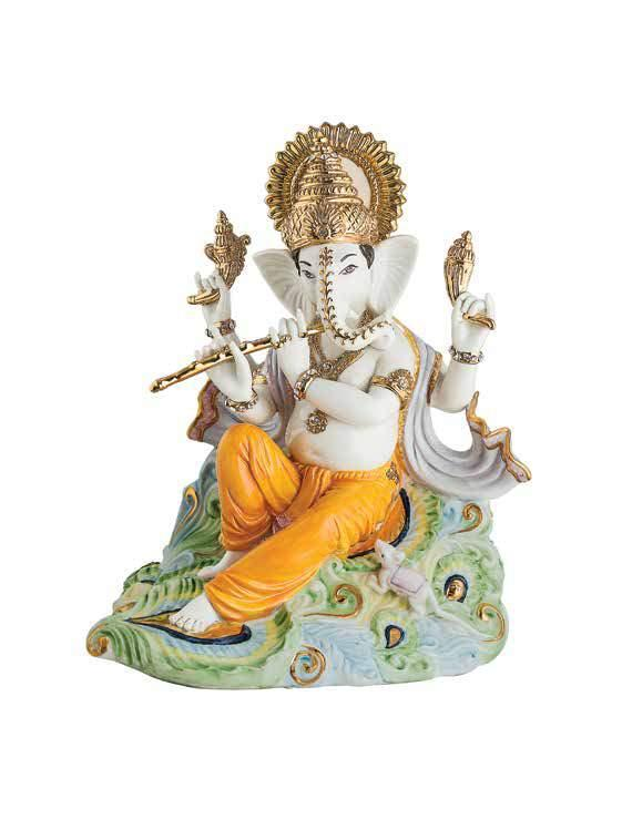 Dazzling Ganesha Beautifully carved idols of Lord Ganesha which boast delicate