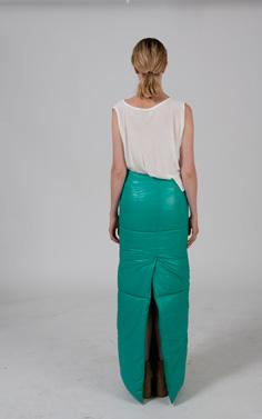 The wearer should feel that it gets support, and even if the look of the skirt is that it s narrow, it s still possible to walk
