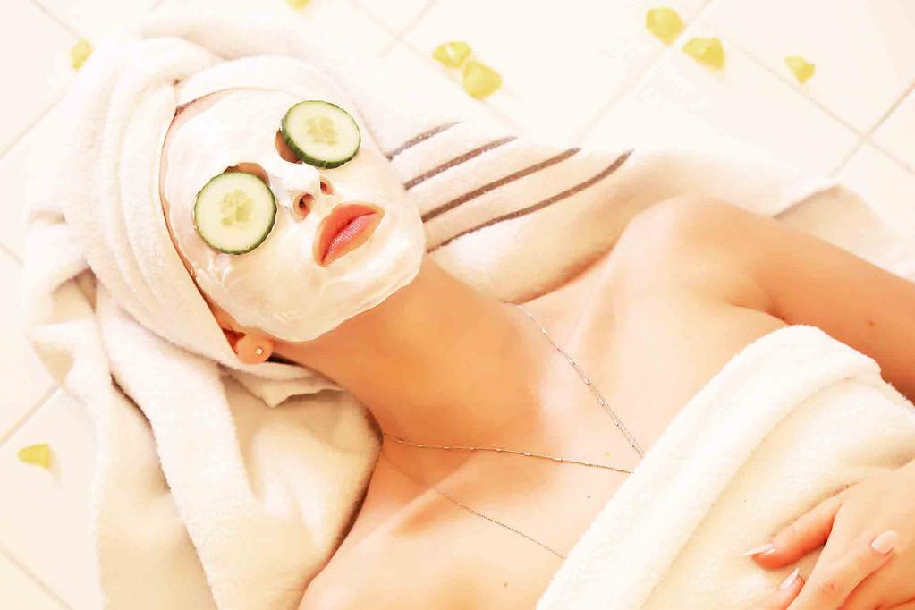 Facials and Treatments Skin Cleansing Superficial & Deep Clean Sing Toning and Moisturising Removing Skin