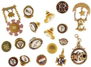 2g TW, the other 8-9 karat gold, 11g TW $500-$600 898* Pocket watch bows, assorted styles, 8-10 karat gold, 6g TW, 14 karat gold, 25.7g TW, and 18 karat gold, 2.