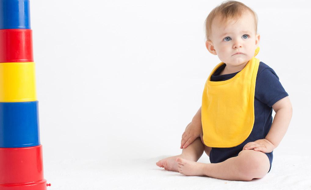 BABY BIB LW082 Children s bib with double fabric and binding detail around edge. Hook and loop fastening at back neck.
