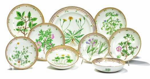 "DKK 20,000-30,000 / 2,700-4,000 427 ""Flora danica"" eight various porcelain bowls and circular dish, decorated in colours and"