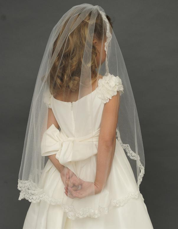 #1928 Two tiered merrow veil with hand cut silk organza