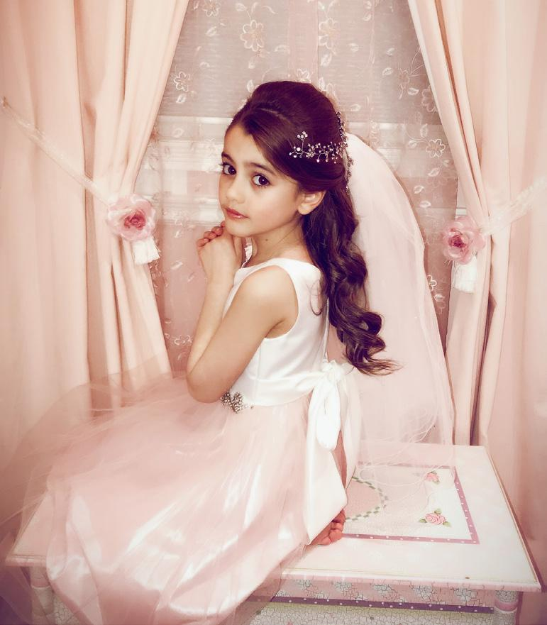 Photo: GEM Family Photography 28 Every communion princess deserves the