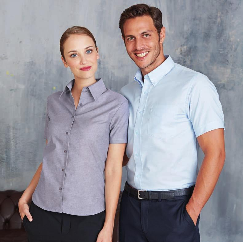 SO16030 109 SO16010 109 UP TO 4XL UP TO 6XL Easy Care KA536 LADIES' SHORT SLEEVE EASY CARE OXFORD SHIRT 70% Cotton / 30% Polyester. Easy Care fabric. Soft collar. Self coloured buttons.
